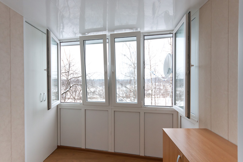 Остекление балкона примеры работ..